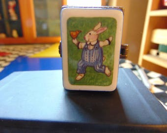 Wonderful Cool Dude Rabbit by SUE DREAMER for Midwest of Cannon Falls Exceptional  companion to lady bunny trinket box with the Blue Bird