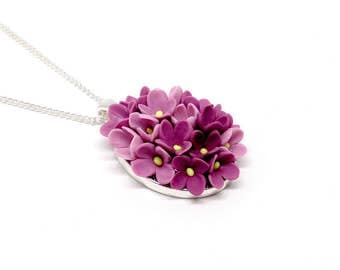 Flower lilac oval pendant, flower necklace, violet flowers, lilac jewelry, silver plated, polymer clay jewelry, polymer clay flower
