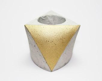 Concrete mini planter - polygon - Gray Cement - gold colour