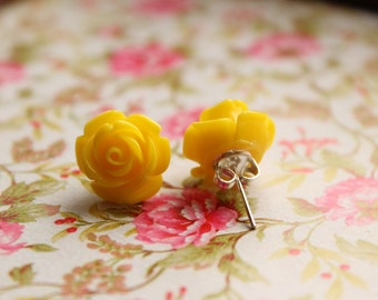 Pretty Rose resin post earrings