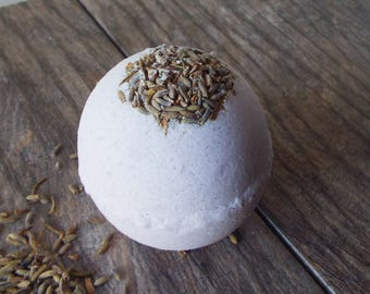 All Natural Lavender Bath Bomb with Lavender Flowers
