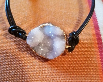 Druzy Agate and Leather Bracelet