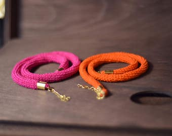 Interchangeable pink and orange necklace