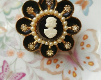 Vintage Brooch Pin SIGNED CORO Cameo Crystal Clear Rhinestone Gold tone
