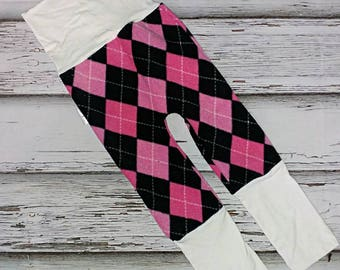 Scalable 6-36months tile pink and black band Pants white polar