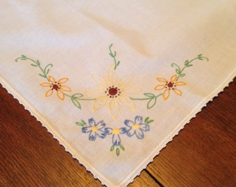 Vintage Tablecloth - Embroidered Flowers