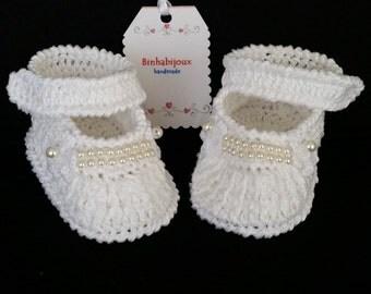 Nina crochet booties