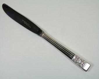 """ONEIDA Community - HAMPTON COURT Pattern - Dinner Knife / Knives - 8 1/2"""""""