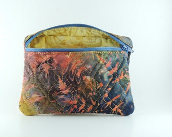 Embroidered and lined rectangle zipper bag