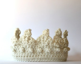 Little's Royal Crochet Crown - White