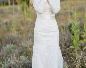 Lace Wedding Dress, Modest Wedding Dress, Wedding Dress with Sleeves, Boat Neckline Wedding Dress, Bohemian Dress