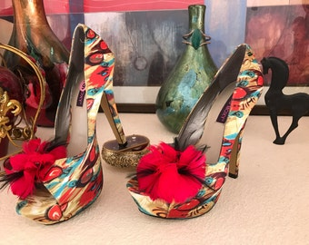 TipToe Through The Tulips Stilettos, Size 9US, Extravagant and Beautiful