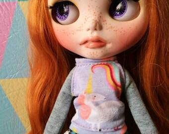 Unicorn - grey for blythe doll sweater