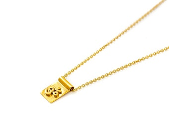 Om scroll gold necklace