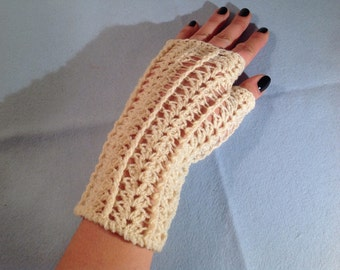 Crochet fingerless gloves made