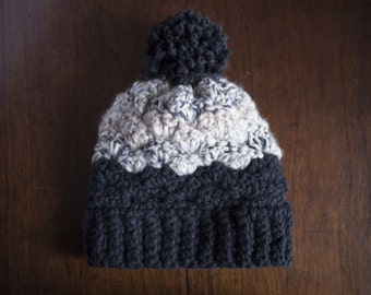Black/White Chunky Winter Hat