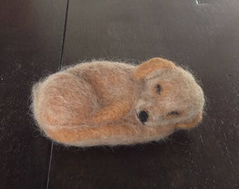 Sleeping labrador in shetland wool