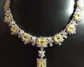 16.5 inch necklace with detachable centre piece