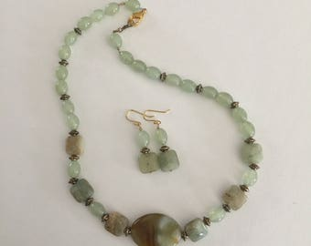 Jade Gemstone Handmade Necklace and Earrings Jewelry Set