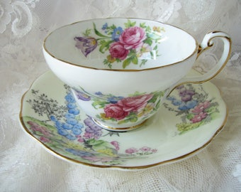 Foley cup Mismatched china Floral tea set Garden pattern china Flower cup saucer Mother gift for grandmother Vintage lover gift Shabby style