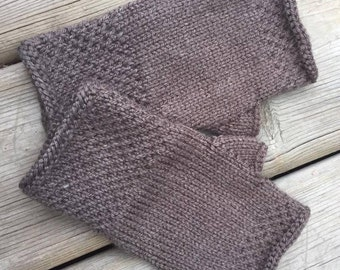 Honeycomb Fingerless Gloves (in taupe brown)
