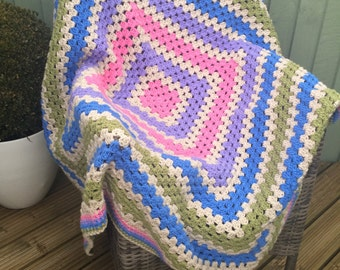 Chunky blanket, Square Handmade Crochet Blanket, vegan blanket, vegan throw, crochet throw, granny square throw, granny square afghan, squar