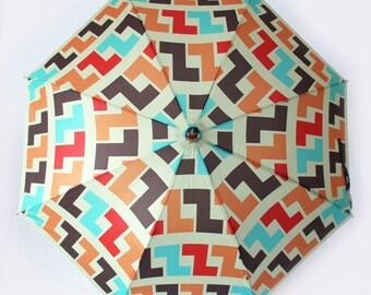 The Zeta - Retro  70s Style Umbrella with Geometric Print