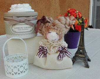 Wedding favor, bring confetti, smells like wardrobes, hand made, handmade, doll, fairy, shabby chic, country, pigottina