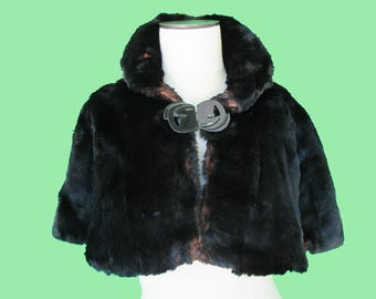 Circa 1920 Vintage Fur Cape - Art Deco Style Closure