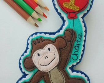 Personalised Monkey and Balloon Birthday badge. Name & Age baby monkey holding a balloon 1st birthday 2nd 3rd 4th 5th 6th 7th 1 2 3 4 5 6 7