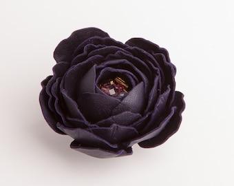 Flower leather brooch/hair clip