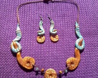 set earrings &necklace