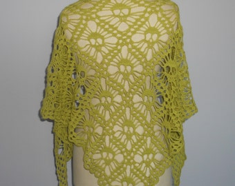 """""""Skulls"""" patterned shawl hand crocheted lime green"""