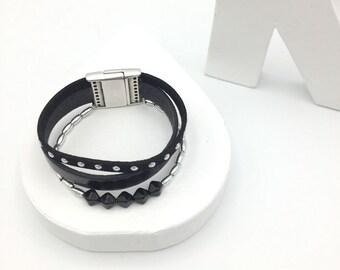 Black and silver leather bracelet