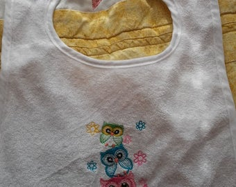 Embroidered Triple Owl Bib