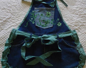 Hand Painted Denim Apron in GREEN!