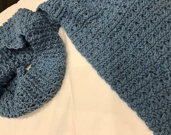 New handmade Blue knitted scarf