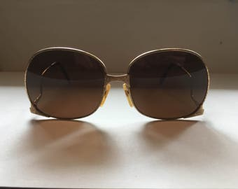 GOLD 70s Glam > 18K Plated > Vintage LUXOTTICA Sunglasses > Style 773 > Made in Italy > Unique Retro > Disco Collectable >Womens Accessories
