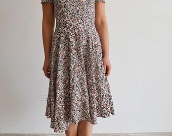 Vintage dress, Beautiful flower midi dress, floral print, Boho, Vintage