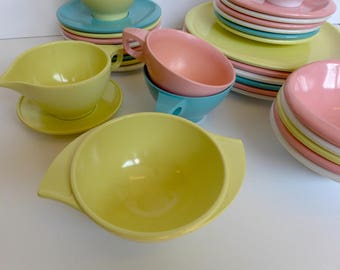 Vintage 1950's Boontonware Melamine Dishes