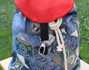 Handmade backpack in gobelin_jeans and badges