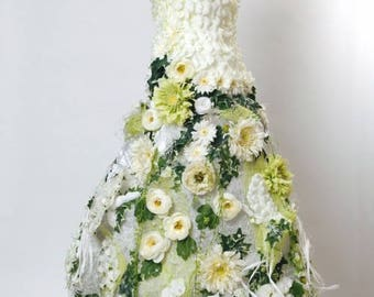 """Sculpture of woman """"The bride"""""""