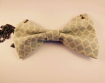 Knot necklace vintage Mint green & ecru fabric