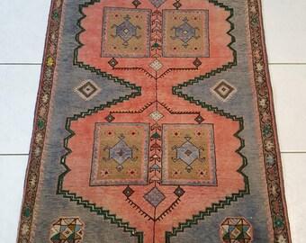 hand woven persian rug carpet