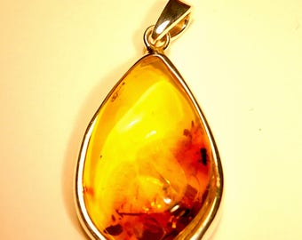 Natural Caribbean Green Amber Flame Pendants with Sterling Silver 925 With Inclusions