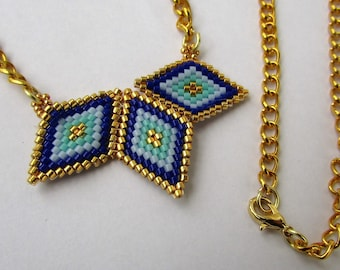 "Necklace ""Diamond"" woven in beads"