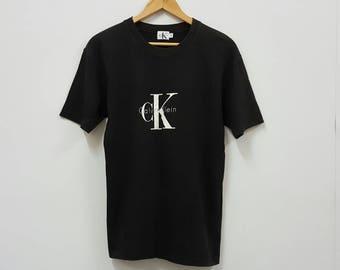 Vintage Calvin Klein black t-shirt size S