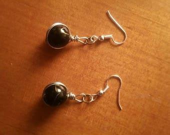 Black bead silver Wire wrapped earrings.