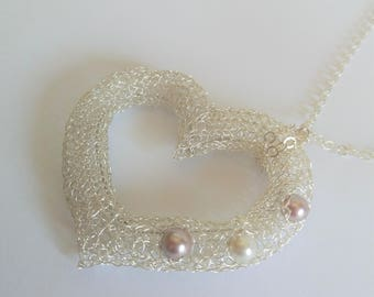 Large heart pendant and pearls