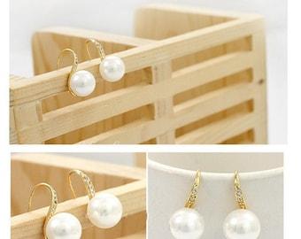 Elegant Crystal Pearl Earrings
